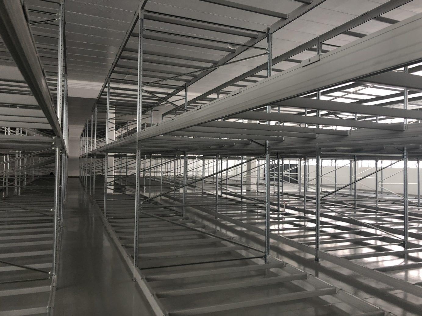 Scaffalature Metalliche Magazzino Vicenza.Installazioni Scaffalature Metalliche Industriali Emaf